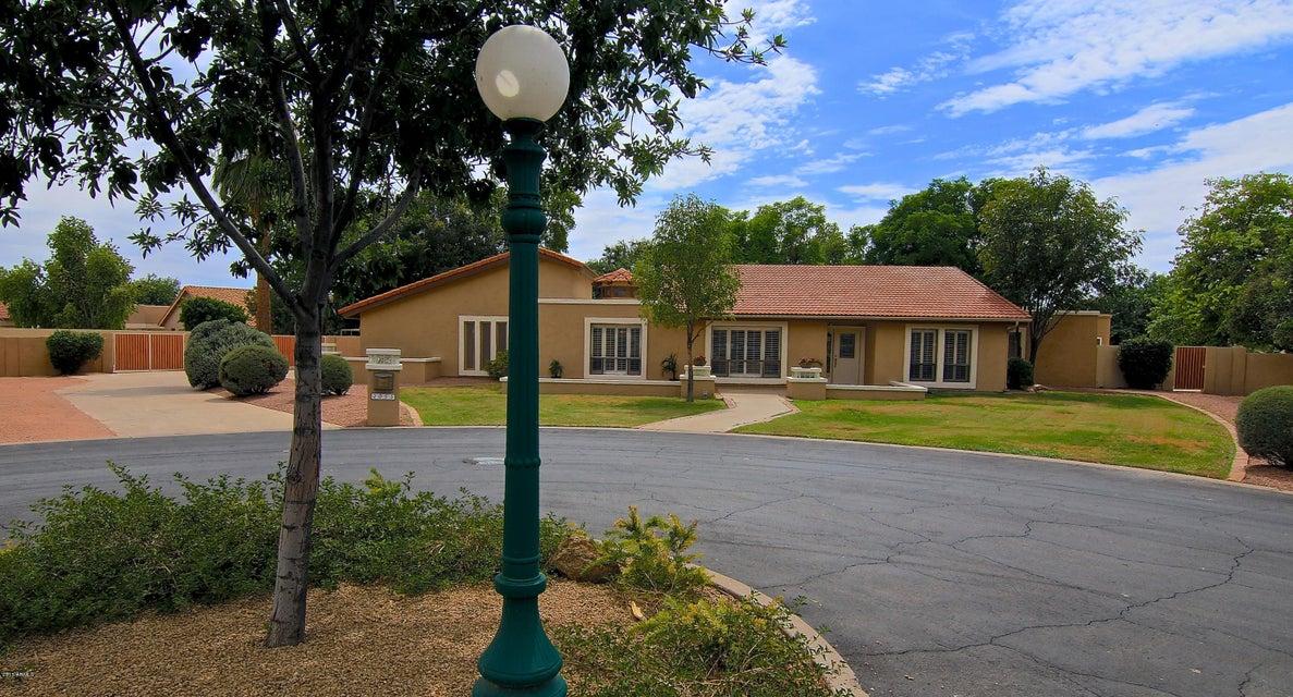 Photo of 2055 E CALLE MADERAS Street, Mesa, AZ 85213