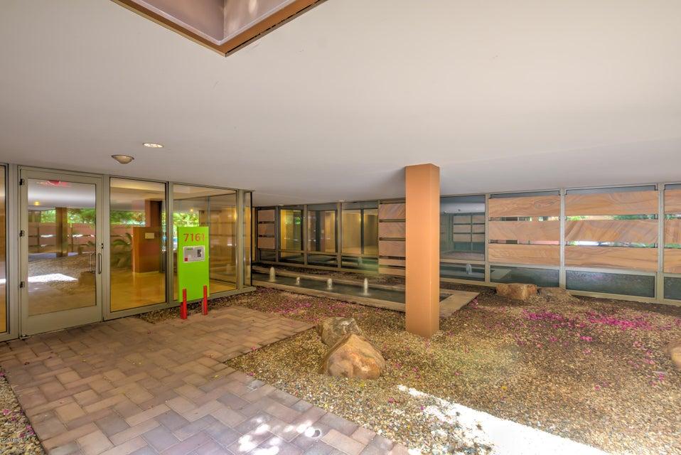 MLS 5661895 7161 E RANCHO VISTA Drive Unit 3002 Building 7161, Scottsdale, AZ 85251 Scottsdale AZ Short Sale