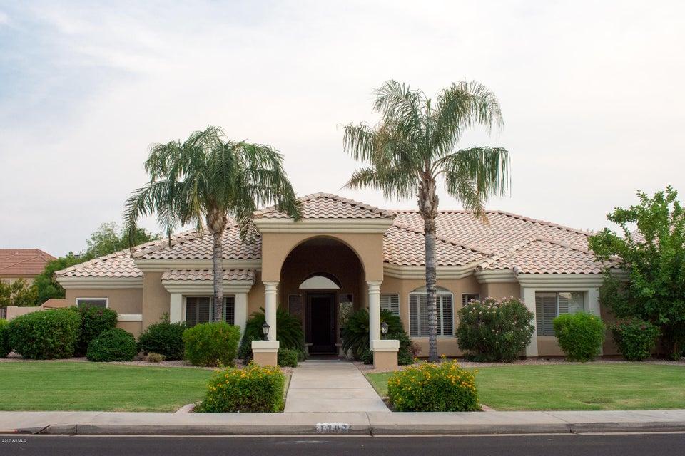 Photo of 1707 E MENLO Street, Mesa, AZ 85203