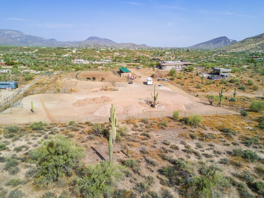MLS 5658001 45242 N ZORRILLO Drive, New River, AZ New River AZ Luxury