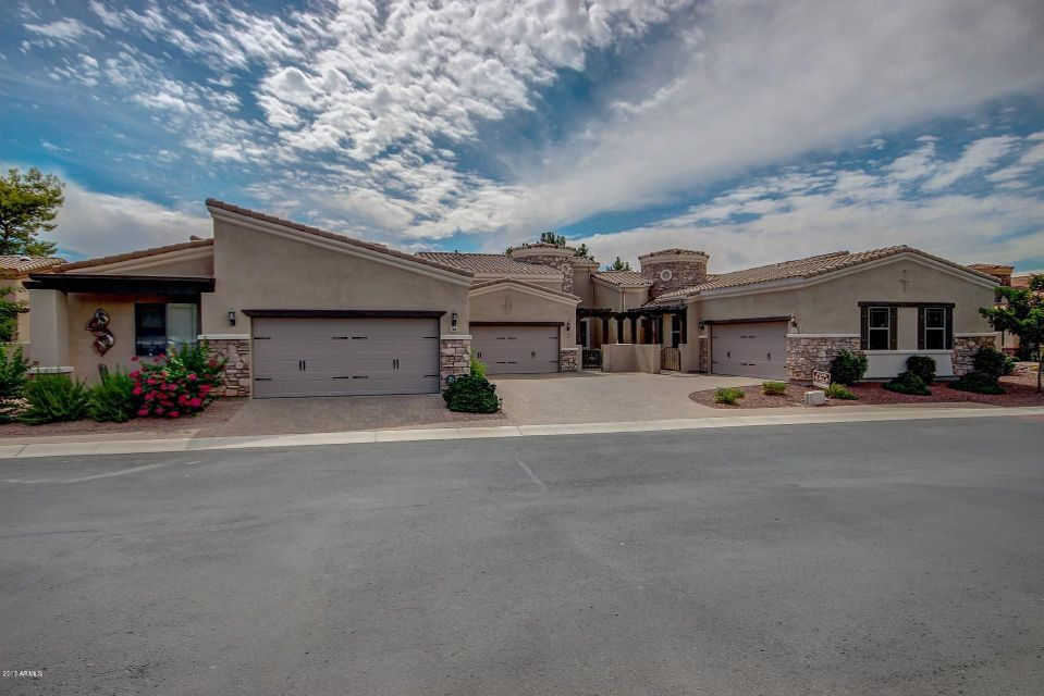 Photo of 6202 E MCKELLIPS Road #64, Mesa, AZ 85215