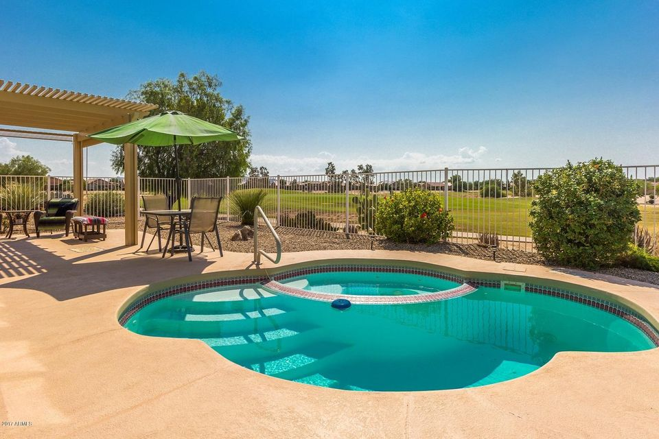 Photo of 81 S AGUA FRIA Lane, Casa Grande, AZ 85194