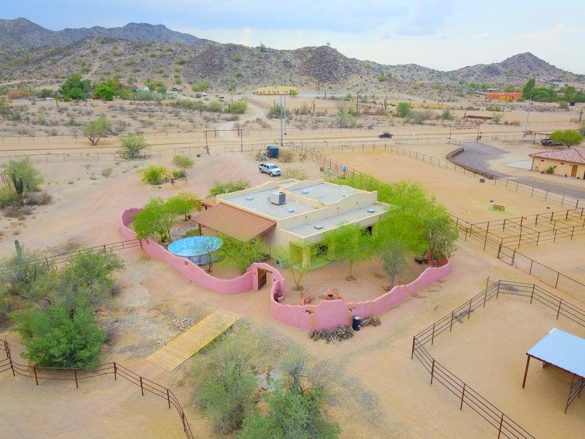 MLS 5658833 9501 N BOTTLEBRUSH Road, Maricopa, AZ Maricopa AZ Equestrian