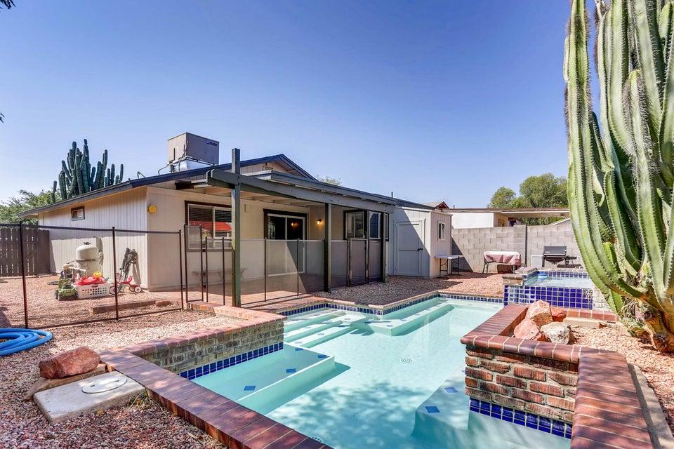 MLS 5659509 8760 W MEADOW Drive, Peoria, AZ Peoria AZ Private Pool