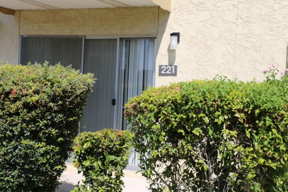 MLS 5659827 4630 N 68TH Street Unit 221, Scottsdale, AZ 85251 Scottsdale AZ Pool