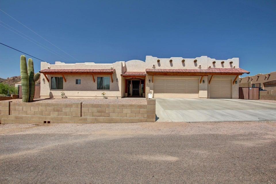 Photo of 816 E MOON VISTA Street, Apache Junction, AZ 85119