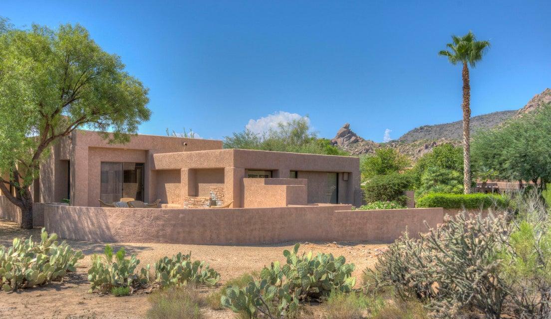 MLS 5661013 2040 E Smoketree Drive, Carefree, AZ 85377 Carefree AZ Community Pool