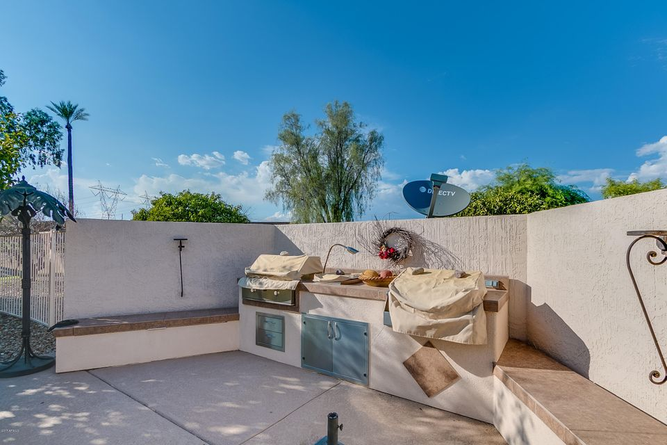 MLS 5658726 22926 N LAS VEGAS Drive, Sun City West, AZ Sun City West AZ Private Pool