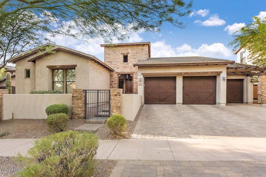 Photo of 9472 E HIDDEN SPUR Trail, Scottsdale, AZ 85255