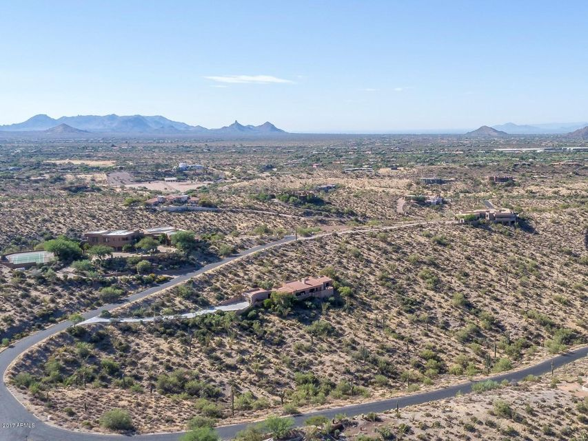 Photo of 39030 N SILVER SADDLE Drive, Carefree, AZ 85377