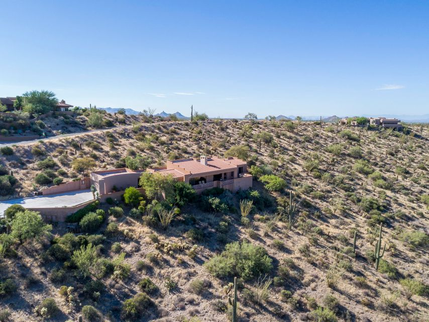 MLS 5662020 39030 N SILVER SADDLE Drive, Carefree, AZ 85377 Carefree AZ Cow Track Estates