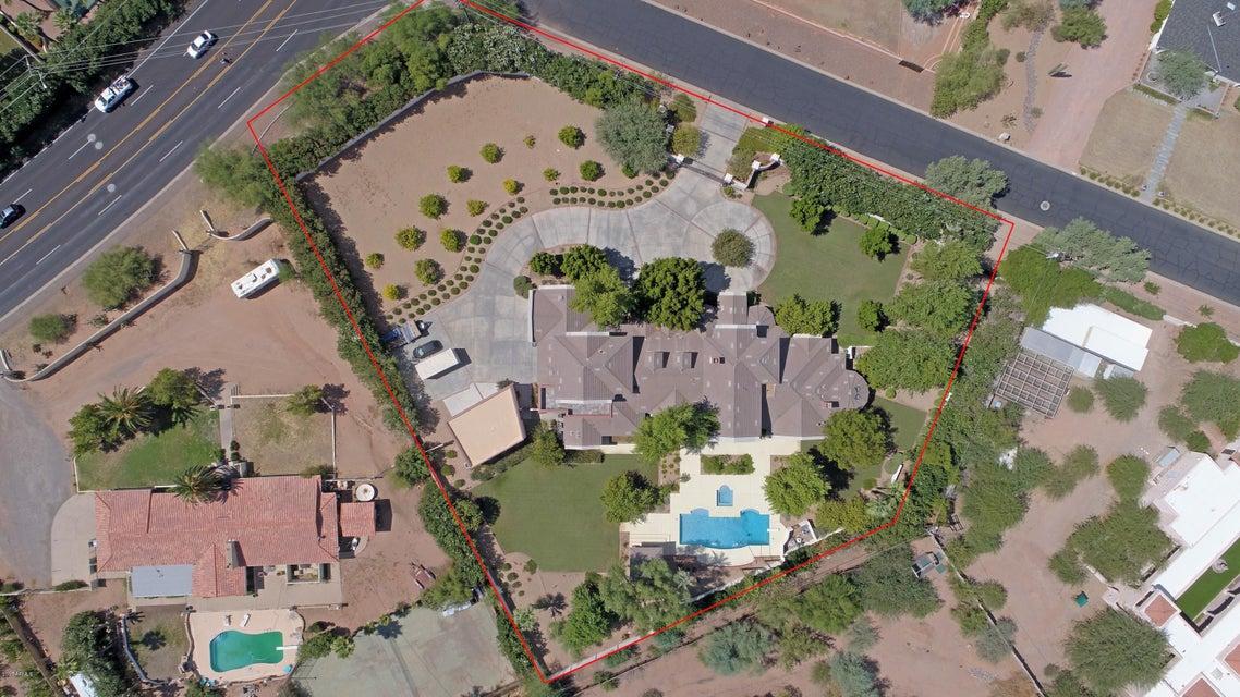 5015 N Camelhead Road, Phoenix AZ 85018