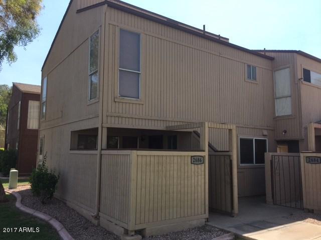 Photo of 2686 E SILK OAK Drive, Tempe, AZ 85281