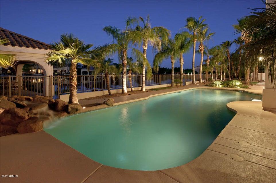 MLS 5662648 193 N SKI Court, Gilbert, AZ 85233 Gilbert AZ Luxury