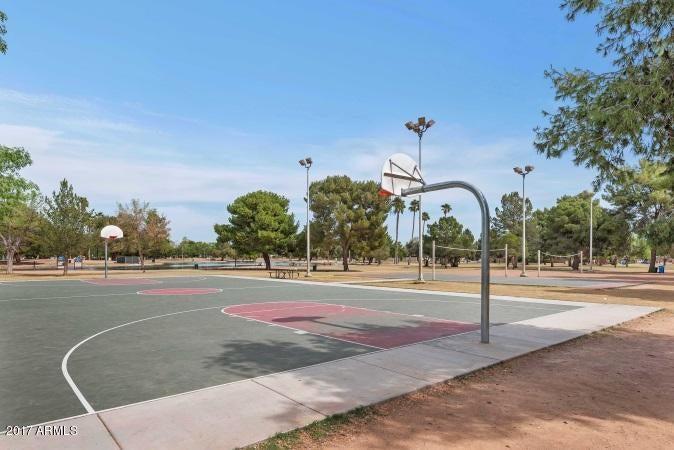 MLS 5663368 4121 E PERSHING Avenue, Phoenix, AZ 85032 Phoenix AZ Paradise Valley Oasis