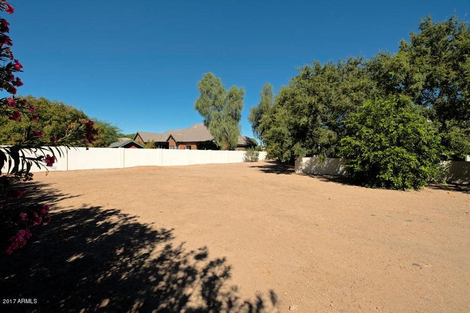 MLS 5625128 2535 E CLOUD Drive, Chandler, AZ RV Parking