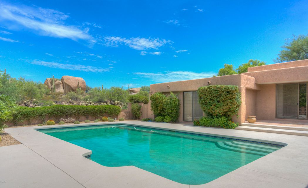 MLS 5661013 2040 E Smoketree Drive, Carefree, AZ 85377 Carefree AZ Three Bedroom