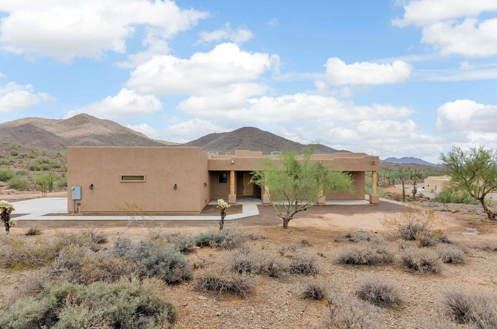 1121 E Saddle Mountain Rd, Desert Hills, AZ 85086