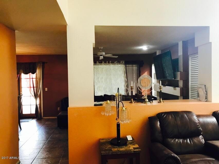 4934 W Oraibi Dr, Glendale, AZ 85308