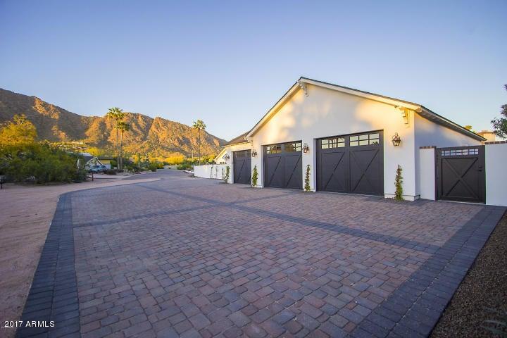 MLS 5663925 4401 N LOS VECINOS Drive, Phoenix, AZ 85018 Phoenix AZ Four Bedroom