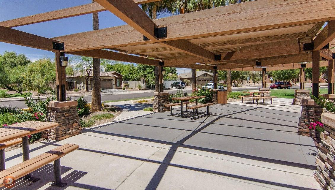 MLS 5667072 4529 E CAVALRY Drive, Gilbert, AZ Gilbert AZ Lake Subdivision