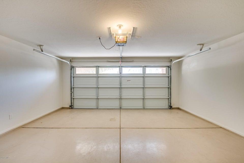 MLS 5667662 10438 W SOUTHGATE Avenue, Tolleson, AZ 85353 Tolleson AZ Three Bedroom