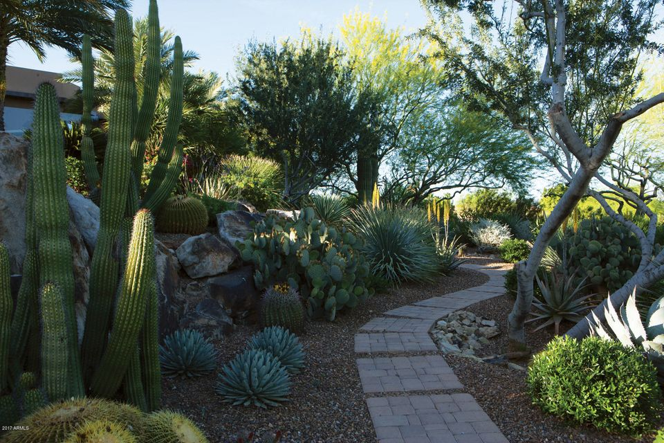 Additional photo for property listing at 7760 N Foothill Drive S 7760 N Foothill Drive S Paradise Valley, Arizona,85253 United States