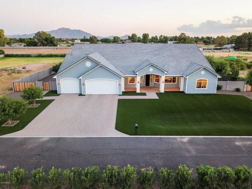 MLS 5670300 2311 E WALNUT Road, Gilbert, AZ 85298 Gilbert AZ Equestrian