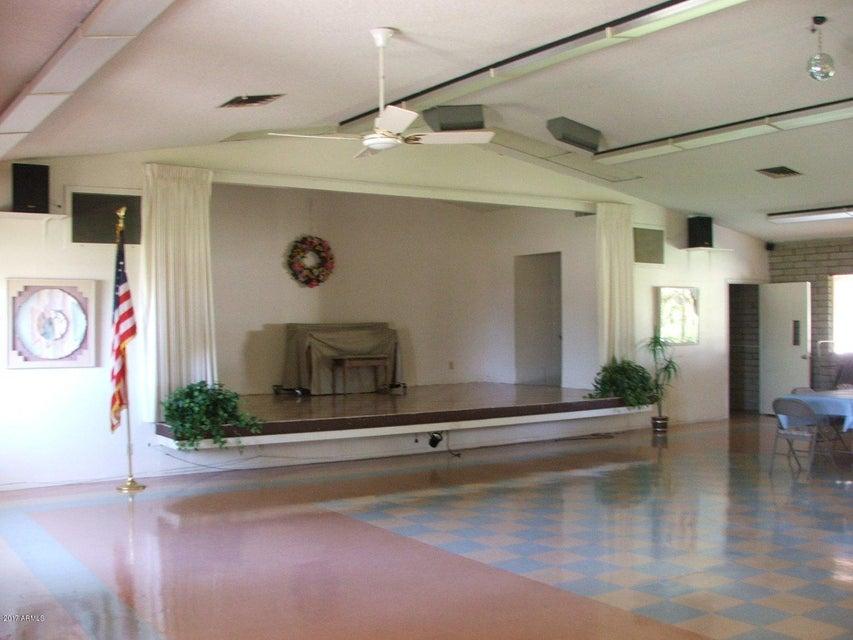 MLS 5669163 2320 E BECK Lane, Phoenix, AZ Phoenix AZ Adult Community