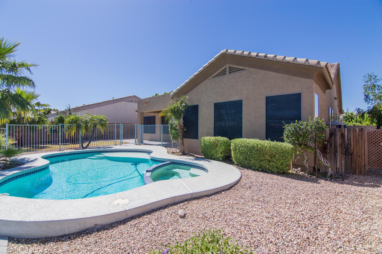 MLS 5669528 2051 N 110TH Avenue, Avondale, AZ 85392 Avondale AZ Private Pool