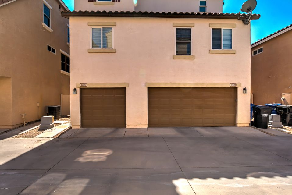 MLS 5669778 1327 S OWL Drive, Gilbert, AZ 85296 Gilbert AZ Pool