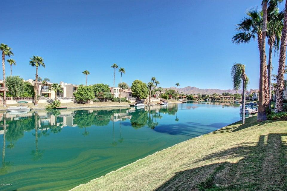 Photo of 10080 E MOUNTAINVIEW LAKE Drive #166, Scottsdale, AZ 85258