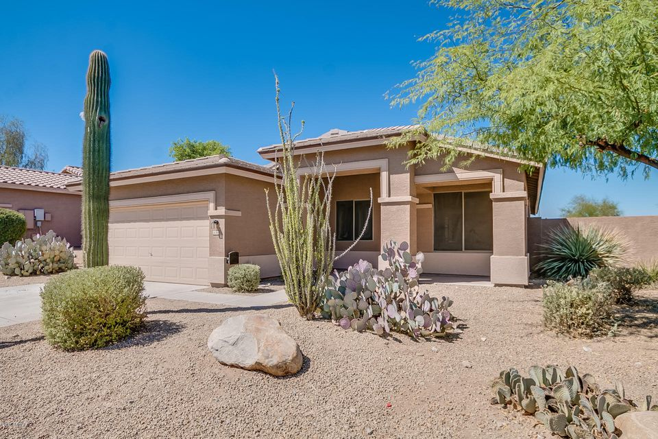 Photo of home for sale at 18368 SUNRISE Drive W, Goodyear AZ