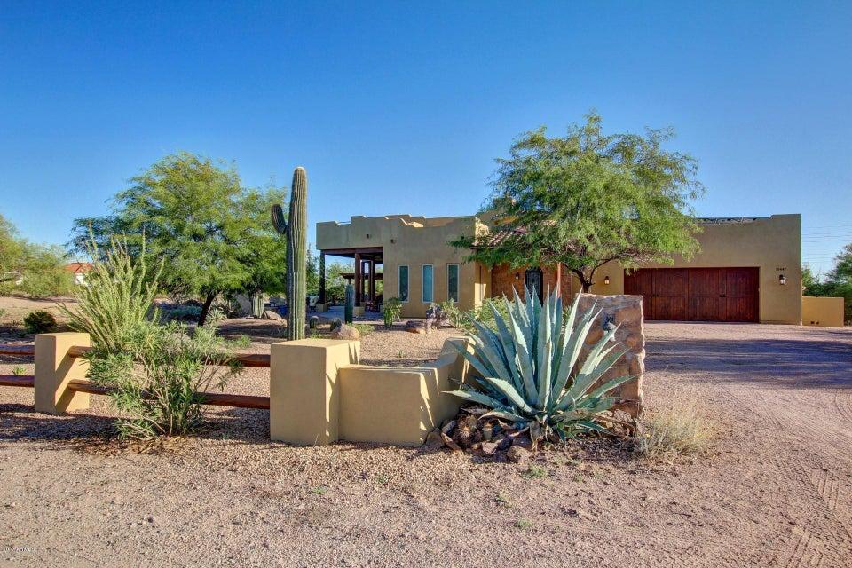 Photo of 10447 E HILLVIEW Street, Mesa, AZ 85207