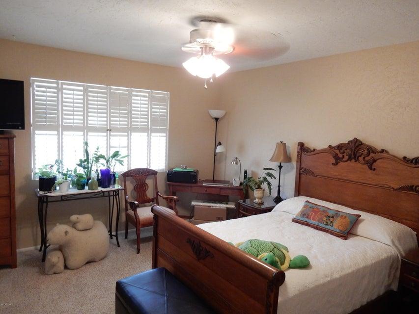 MLS 5670114 10722 W CARON Drive, Sun City, AZ Sun City AZ Luxury