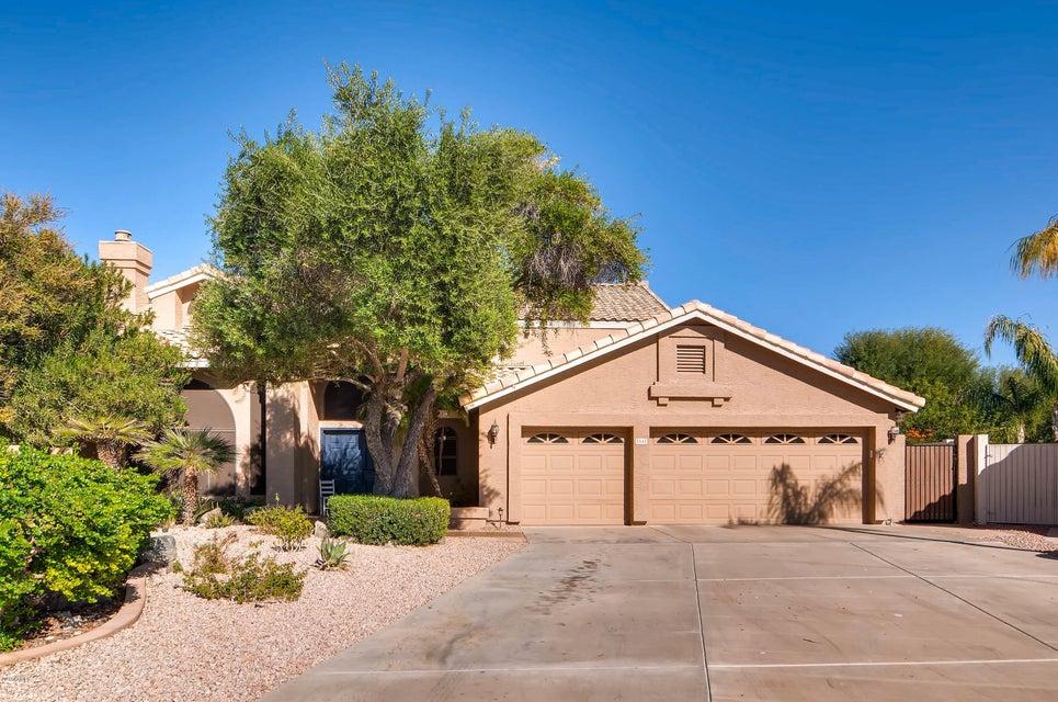 Photo of 3545 E SQUAWBUSH Place, Phoenix, AZ 85044