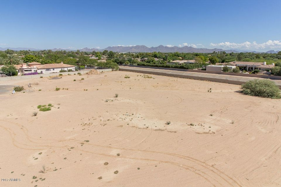 Additional photo for property listing at 6545 E Berneil Drive 6545 E Berneil Drive Paradise Valley, Arizona,85253 Estados Unidos