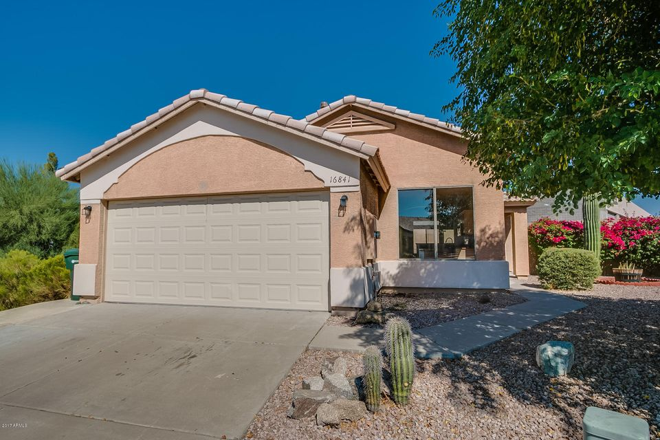Photo of home for sale at 16841 18TH Place N, Phoenix AZ