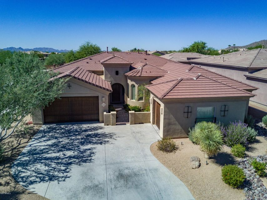 Photo of home for sale at 11432 124TH Way N, Scottsdale AZ