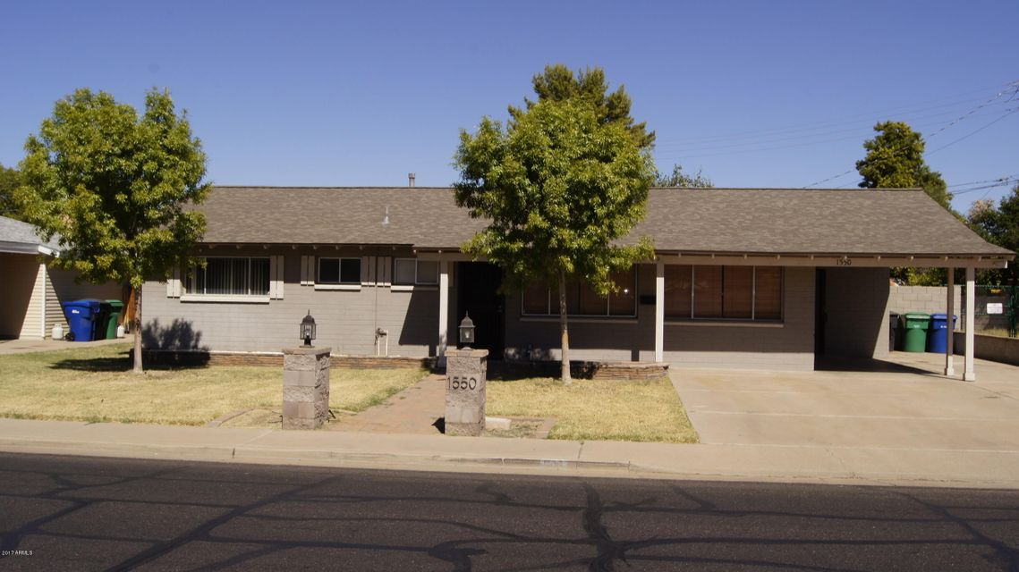 Photo of home for sale at 1550 2ND Street E, Mesa AZ