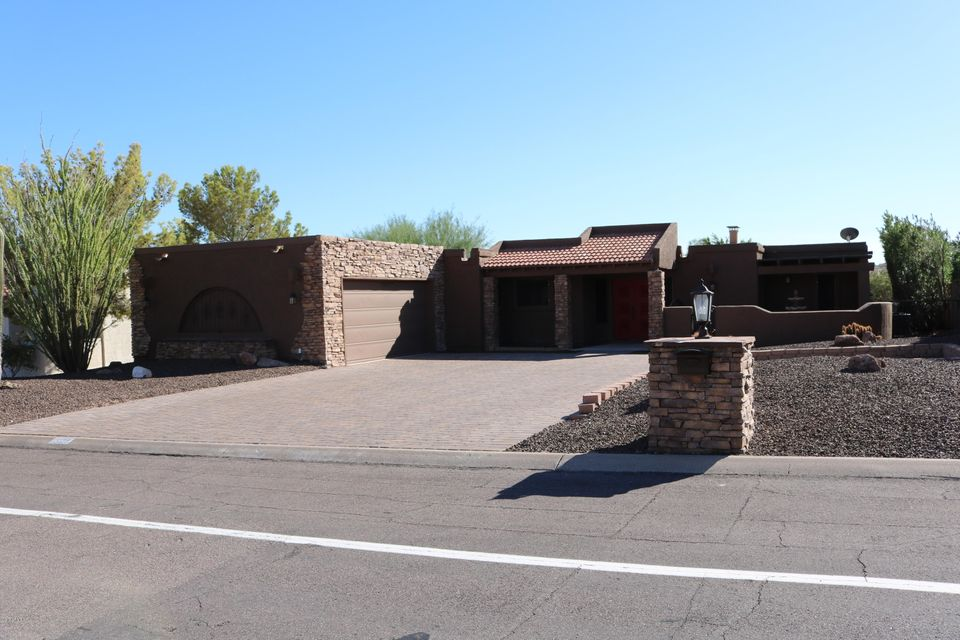 Photo of home for sale at 15129 PALOMINO Boulevard E, Fountain Hills AZ