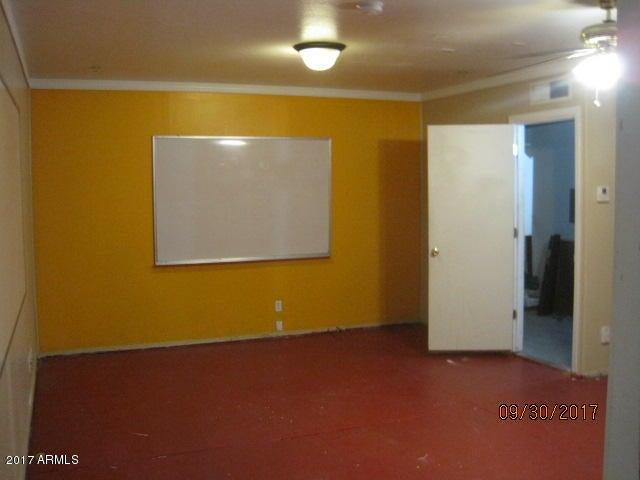 MLS 5671230 8340 N 86th Lane, Peoria, AZ 85345 Peoria AZ REO Bank Owned Foreclosure