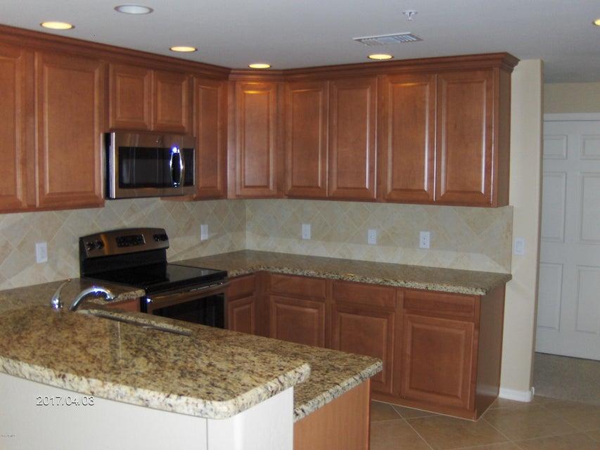 MLS 5671341 33575 N DOVE LAKES Drive Unit 2025 Building 9, Cave Creek, AZ 85331 Cave Creek AZ Condo or Townhome