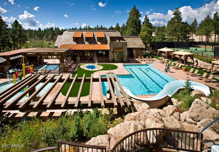 MLS 5661437 1491 E Castle Hills Drive Unit EP 11, Flagstaff, AZ Flagstaff AZ Luxury