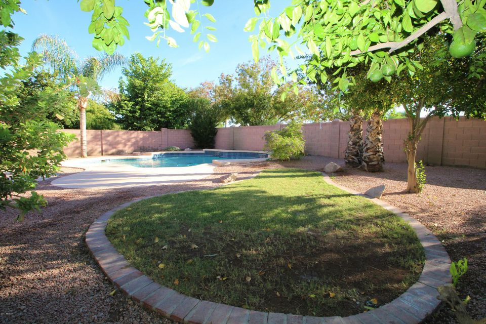 1375 S HONEYSUCKLE Court Gilbert, AZ 85296 - MLS #: 5661785