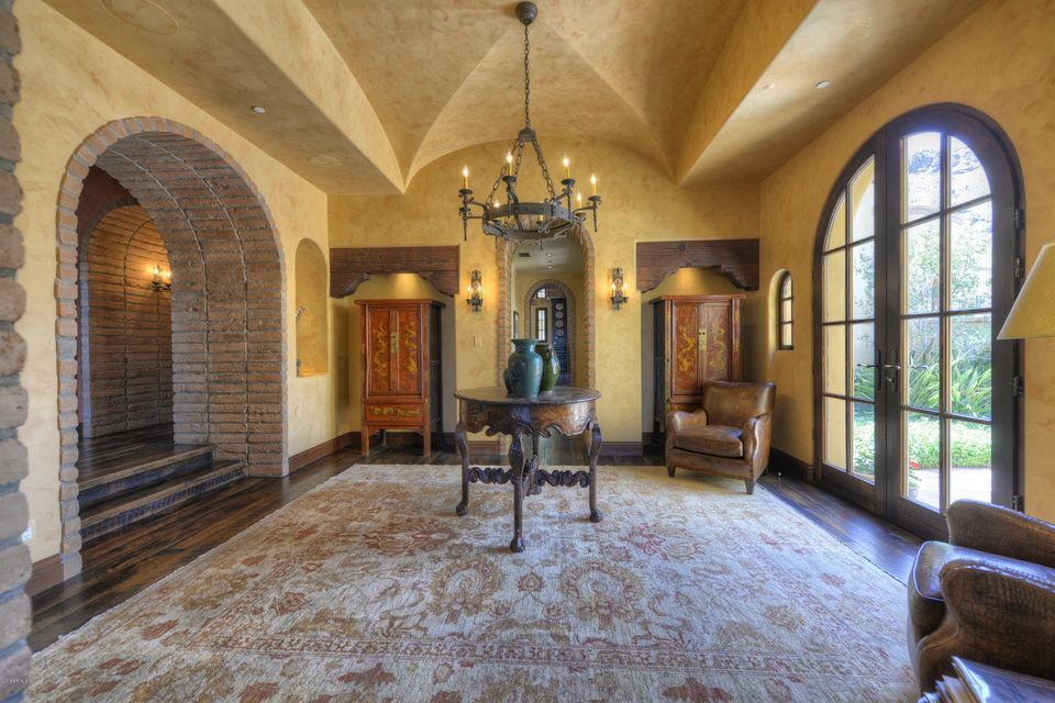 7620 N FOOTHILL Drive Paradise Valley, AZ 85253 - MLS #: 5672481