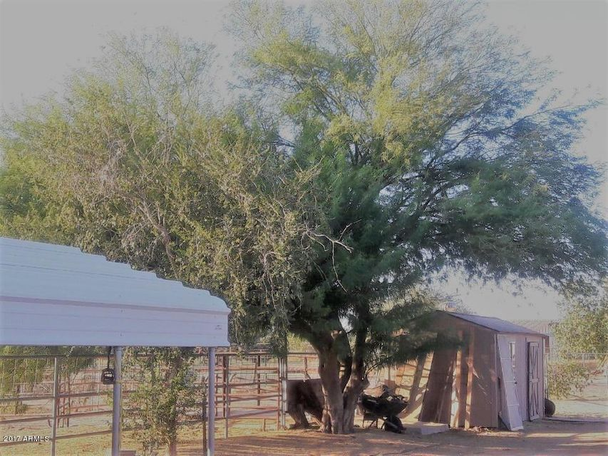 MLS 5671930 7440 N 173rd Avenue, Waddell, AZ 85355 Waddell AZ One Plus Acre Home
