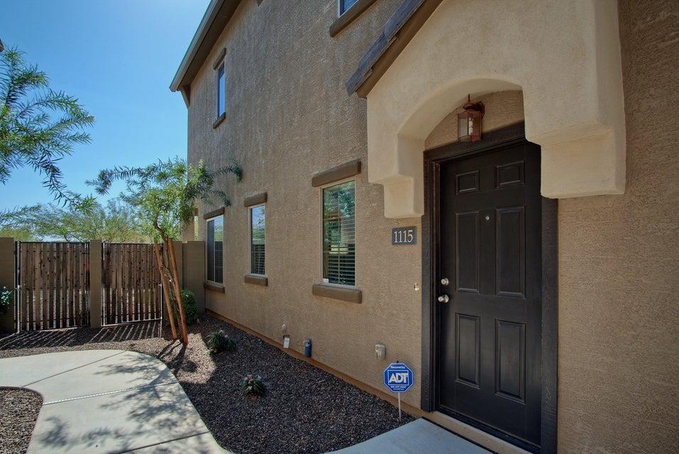 Photo of 2725 E MINE CREEK Road #1115, Phoenix, AZ 85024