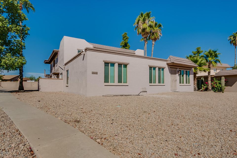 Photo of 17010 E CALLE DEL ORO -- #D, Fountain Hills, AZ 85268