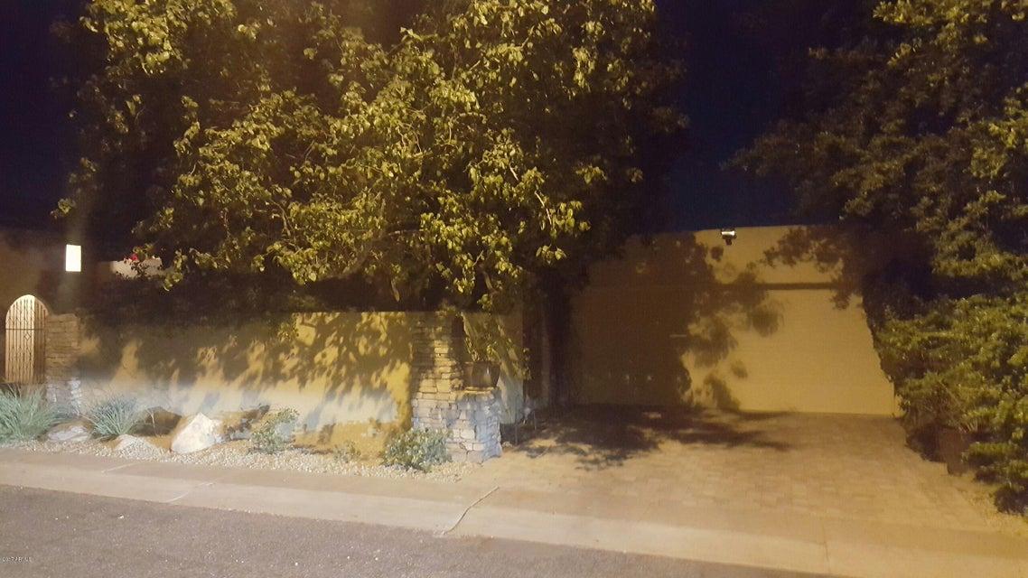 Photo of 737 E TUCKEY Lane, Phoenix, AZ 85014